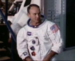 Collins, Apollo uzay aracına girerken